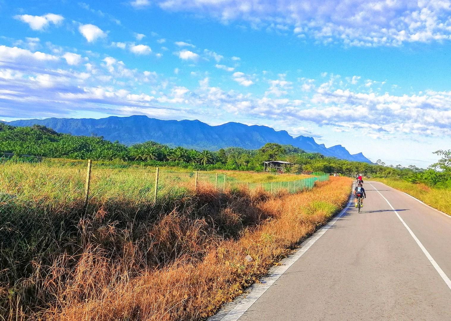 sarawak-to-sabah-trip-borneo-holiday-road-cycling.jpg - Borneo - Sarawak to Sabah - Guided Road Cycling Holiday - Road Cycling