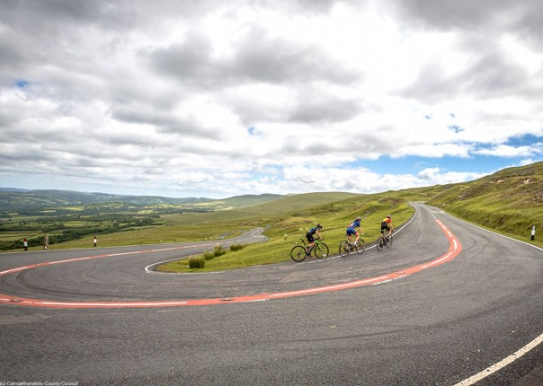 big-hills-and-big-views-cycle-route_41951820780_o.jpg