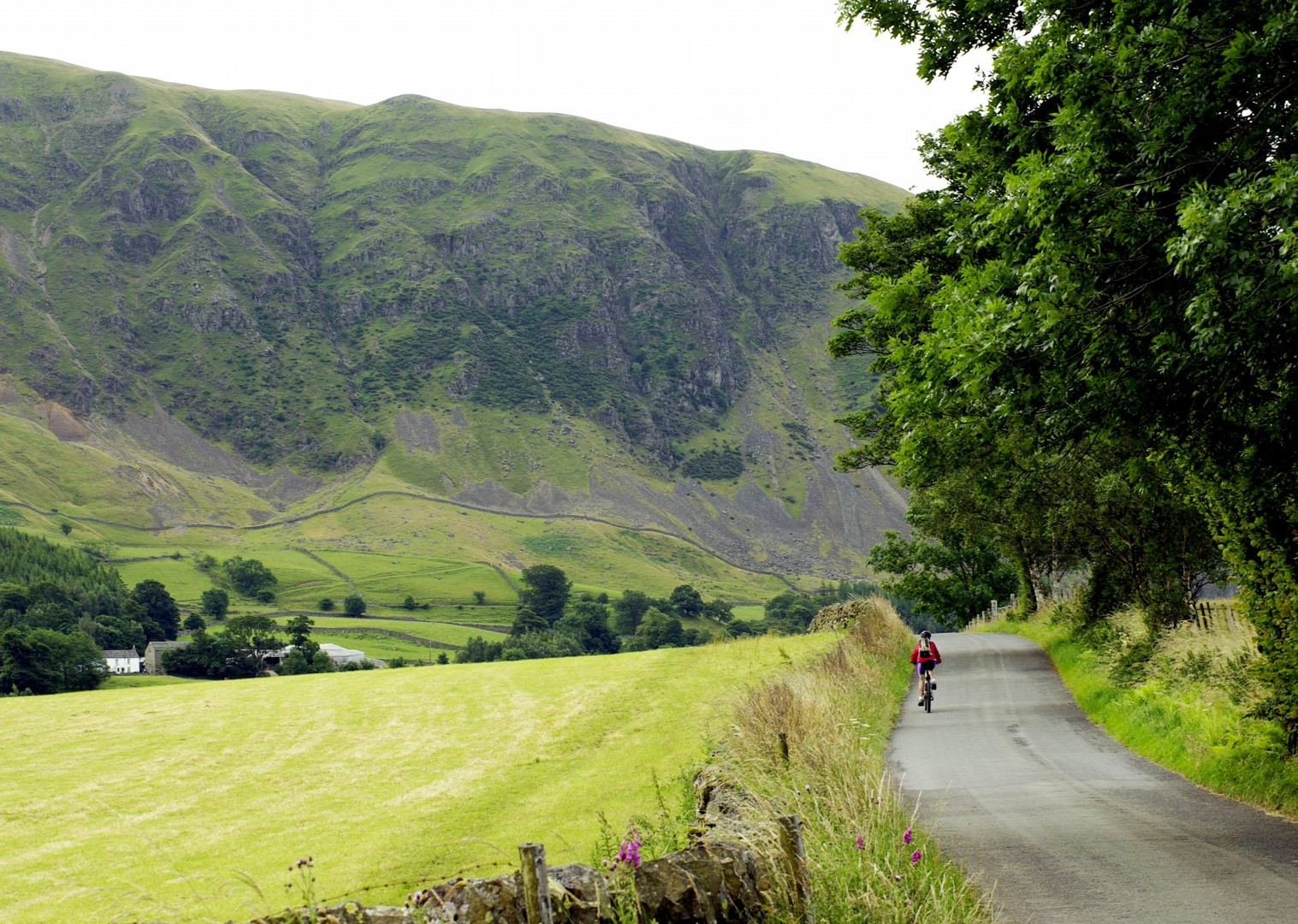 cycling-holiday-uk-guided.jpg - UK - Land's End to John O'Groats Explorer (22 days) - Guided Cycling Holiday - Road Cycling