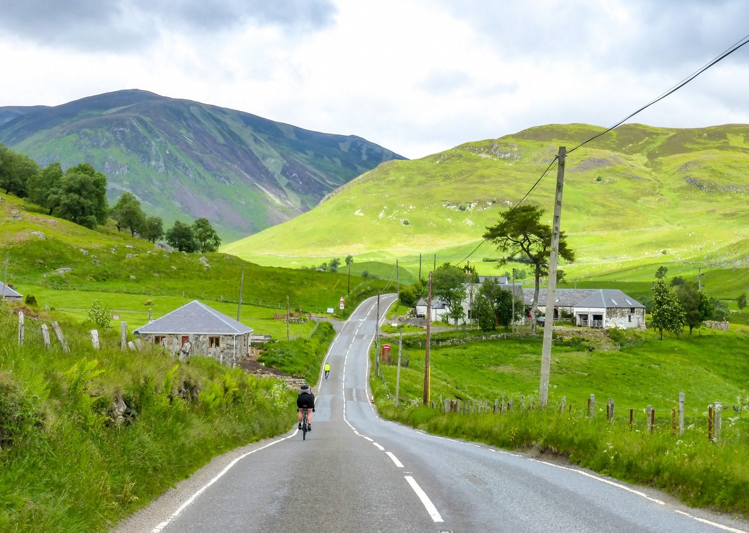 lands-end-to-john-ogroats-22-day-guided-cycling-holiday.jpg - UK - Land's End to John O'Groats Explorer (22 days) - Guided Cycling Holiday - Road Cycling