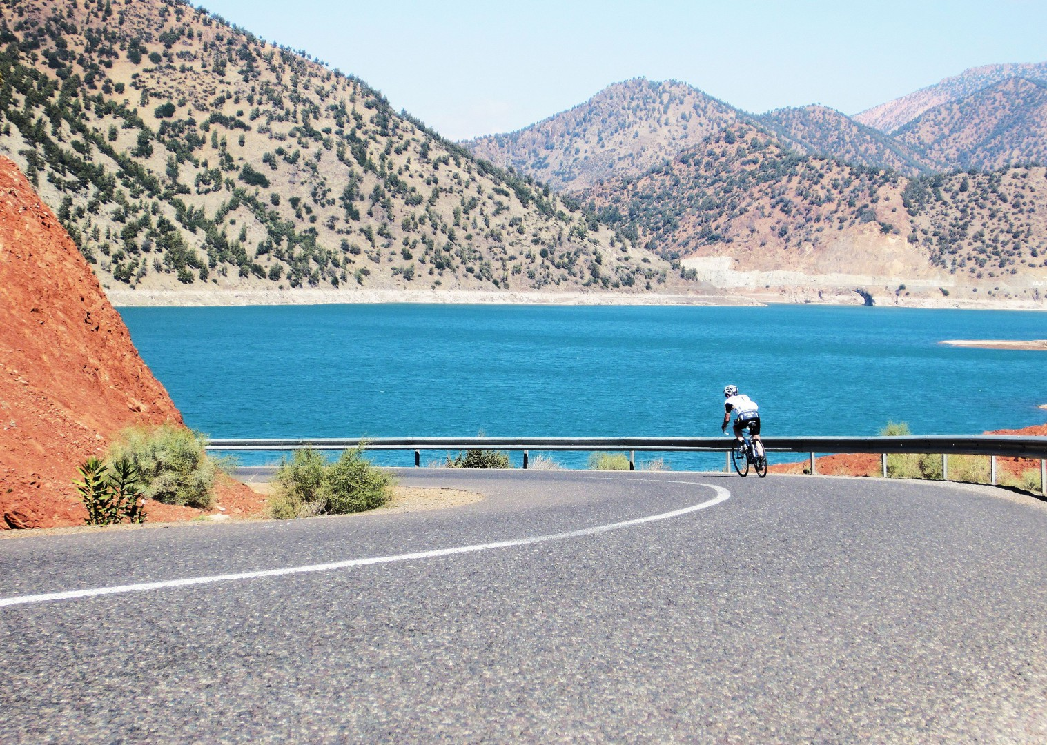 cycling-holiday-road-morocco-mountain-pass-jpg - Morocco - Road Atlas - Road Cycling