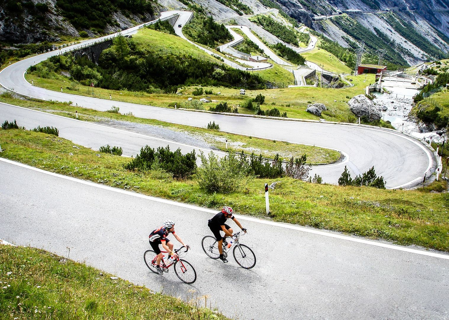 col-italy-cime-di-lavaredo-road-cycling.jpg - Italy - Alps and Dolomites - Giants of the Giro - Guided Road Cycling Holiday - Road Cycling