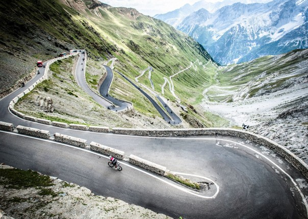 legendary-mountain-climbs-road-cycling-holiday.jpg
