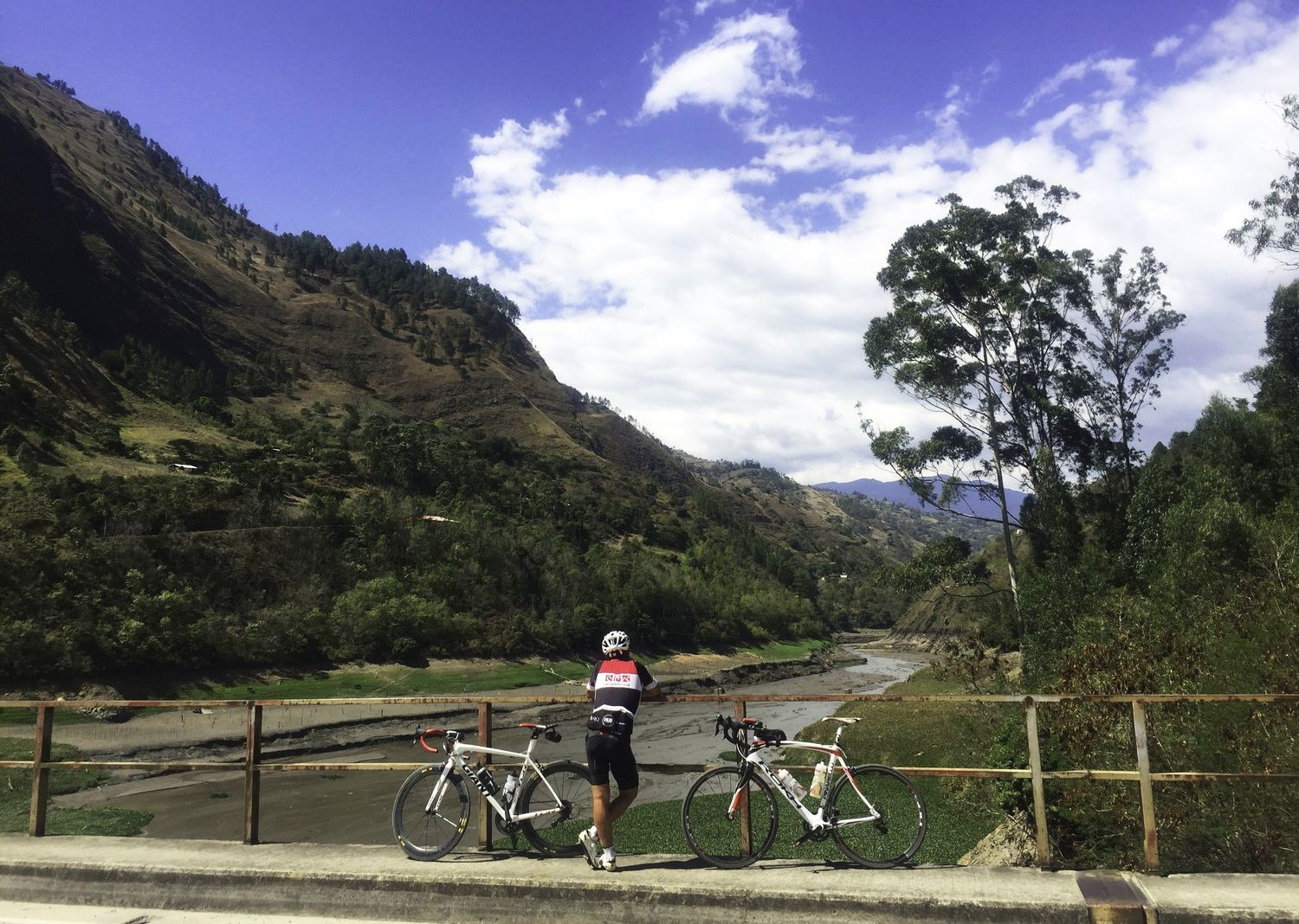 alto-de-letras-colombia-road-cycling-holiday-skedaddle.jpg - Colombia - Emerald Mountains - Road Cycling