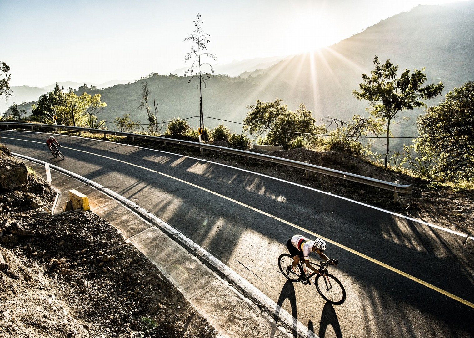 day_2_105.jpg - Colombia - Emerald Mountains - Road Cycling