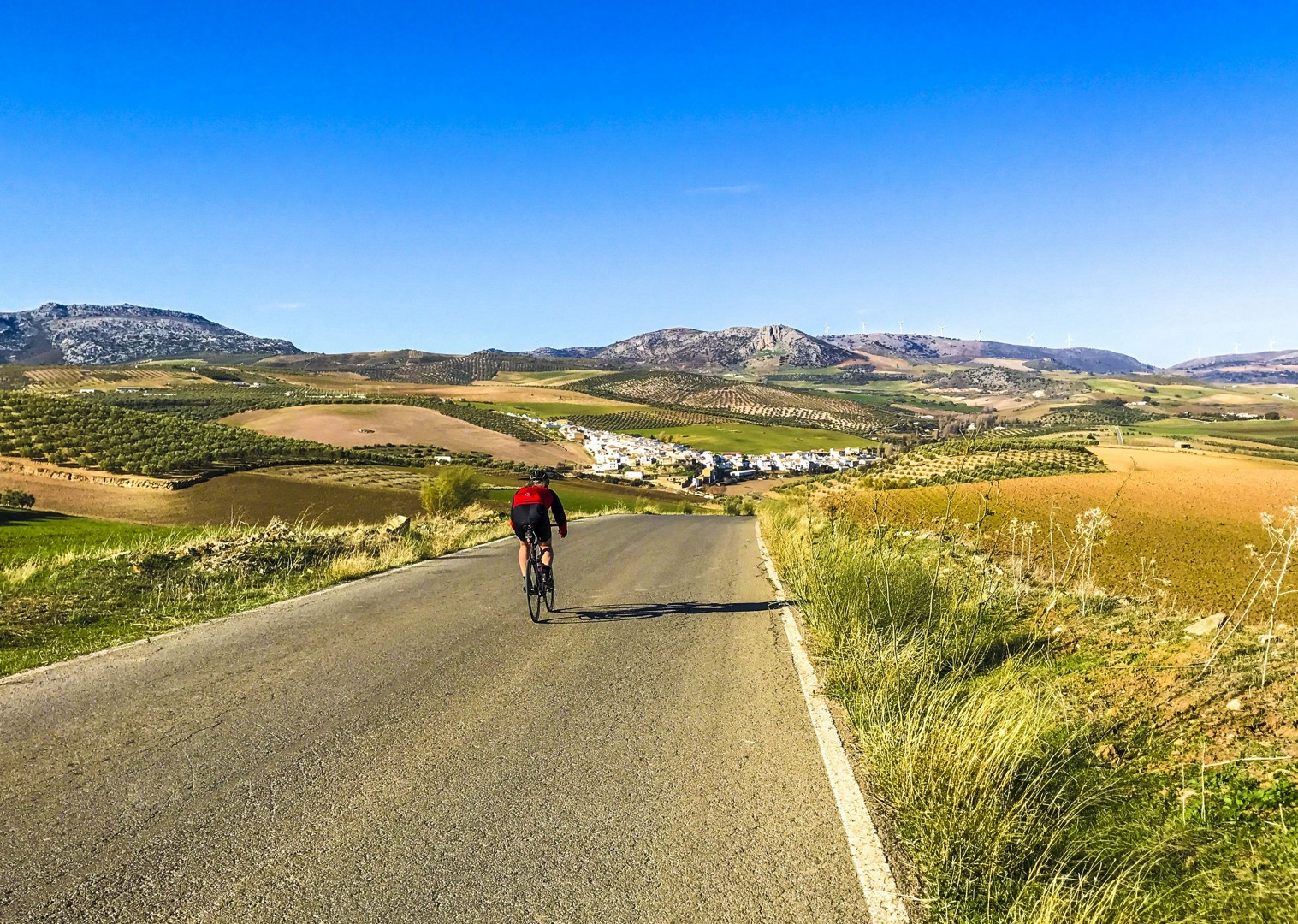 smooth-roads-cycling-vacation-southern-spain.jpg - Southern Spain - Andalucia - Los Pueblos Blancos - Self-Guided Road Cycling Holiday - Road Cycling