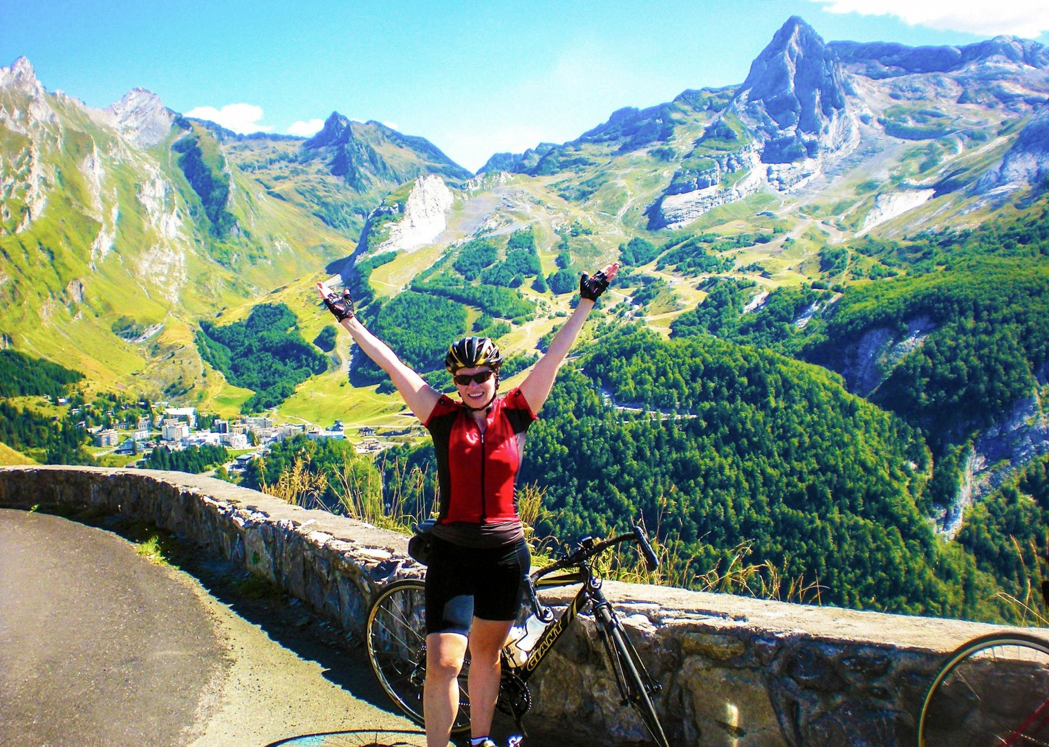 pyrenees-fitness-week-challenge-celebration-bike-ride-cycling.jpg - France - Pyrenees Fitness Week (Grade 2-3) - Guided Road Cycling Holiday - Road Cycling