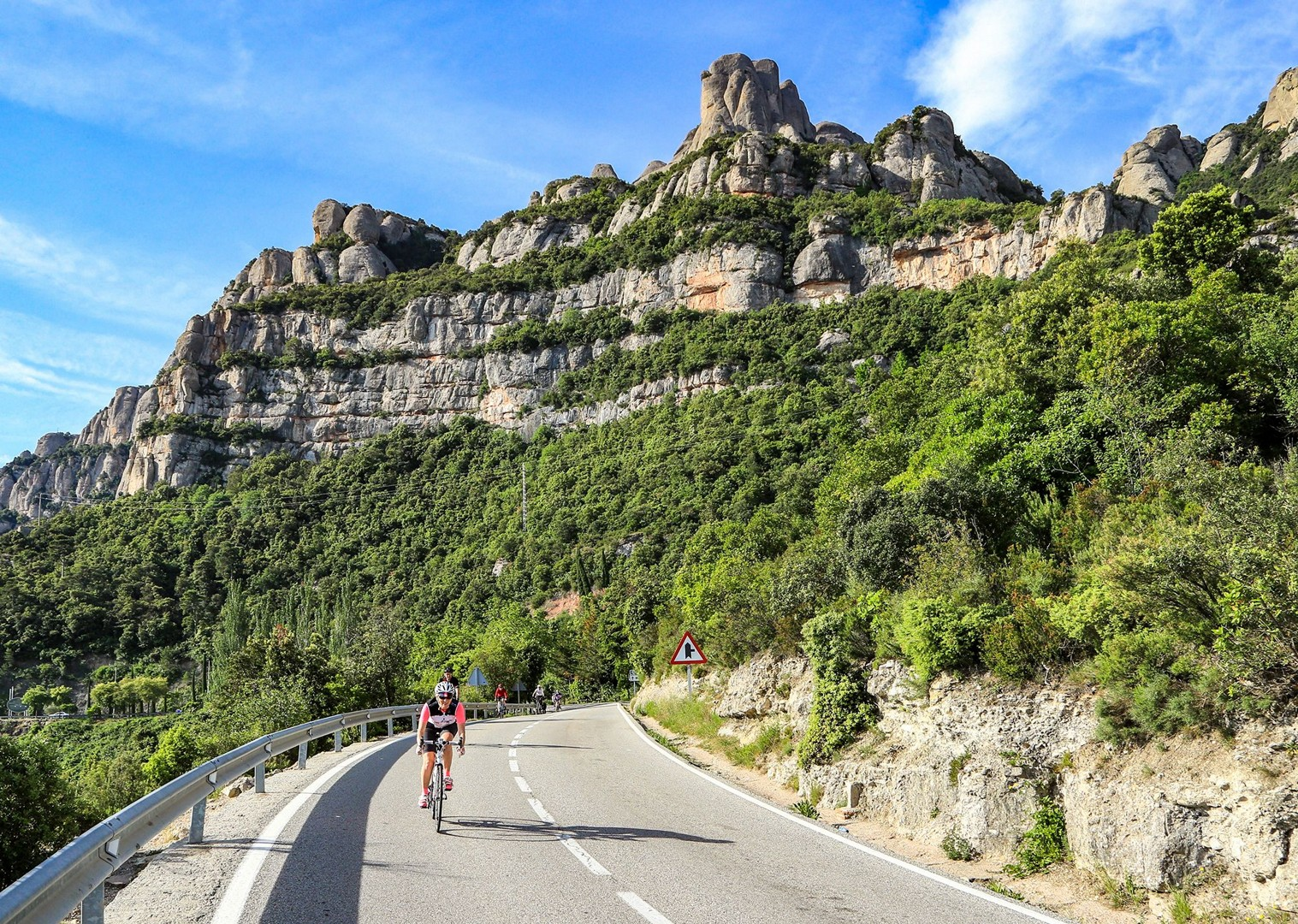 saddle-skedaddle-bilbao-to-barcelona-guided-road-cycling-holiday-northern-spain.jpg - Northern Spain - Bilbao to Barcelona - Guided Road Cycling Holiday - Road Cycling