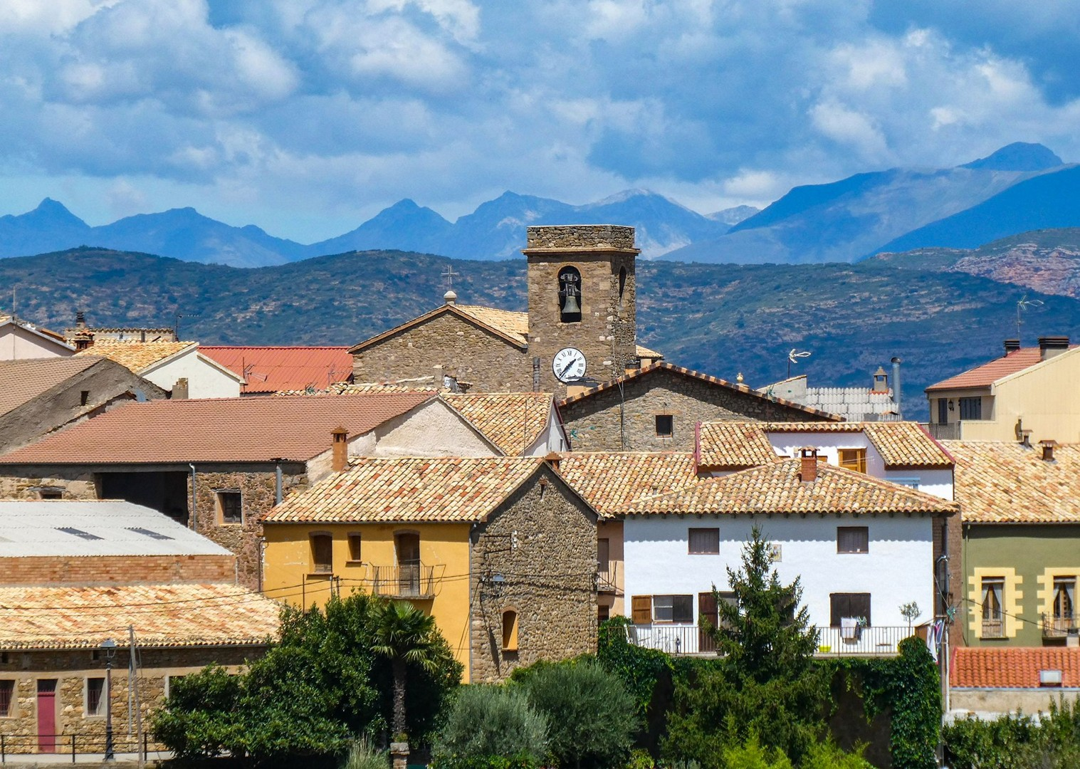 spanish-holiday-guided-road-cycling-bilbao-to-barcelona-northern-spain.jpg - Northern Spain - Bilbao to Barcelona - Guided Road Cycling Holiday - Road Cycling