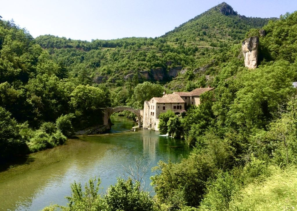 ardeche-carcassonne-nature.jpg - France - Ardeche to Carcassonne - Guided Road Cycling Holiday - Road Cycling
