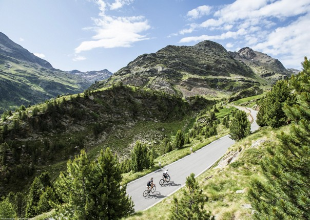 citta-alta-guided-road-cycling-holiday.jpg