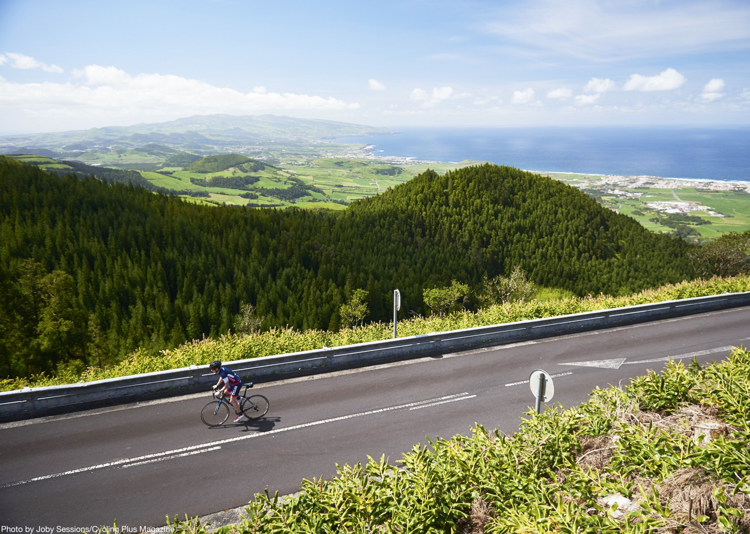 furnas-guided-road-cycling-holiday-portugal-the-azores-sao-miguel.JPG - The Azores - Lost World of Sao Miguel - Guided Road Cycling Holiday - Road Cycling