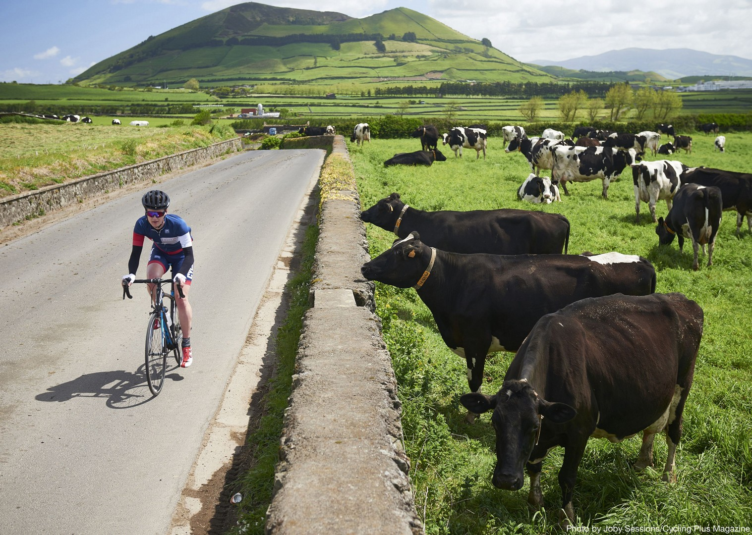 lost-world-of-sao-miguel-guided-road-cycling-holiday-the-azores.jpg - The Azores - Lost World of Sao Miguel - Guided Road Cycling Holiday - Road Cycling