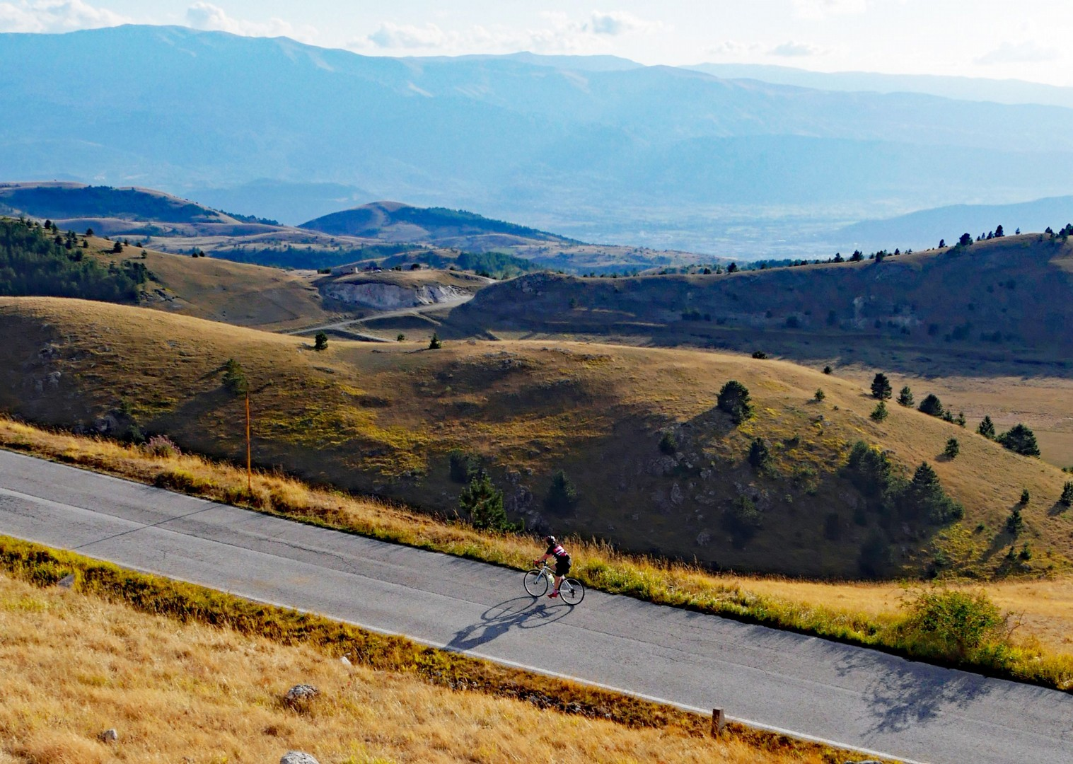 gran-sasso-road-cycling-holiday-italy-abruzzo.jpg - Italy - Abruzzo - Appennini d'Abruzzo - Guided Road Cycling Holiday - Road Cycling