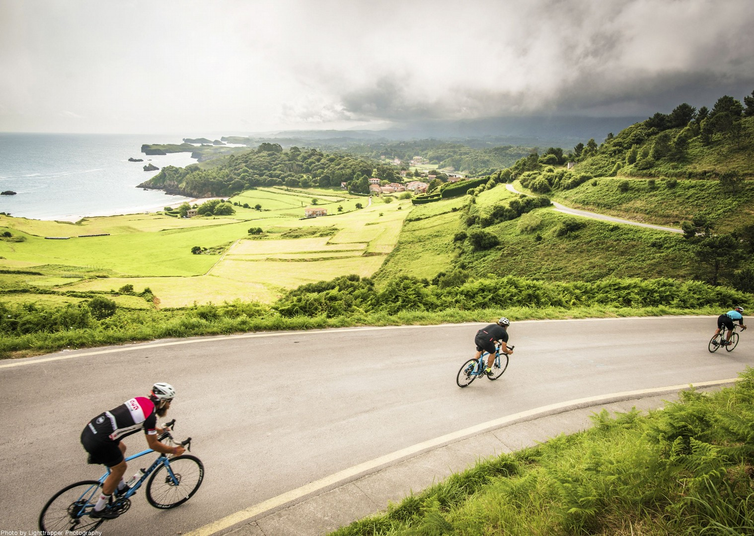 coastal-ride-road-nature-secluded-cycling-spain.jpg - Northern Spain - Road to Santiago - Guided Road Cycling Holiday - Road Cycling