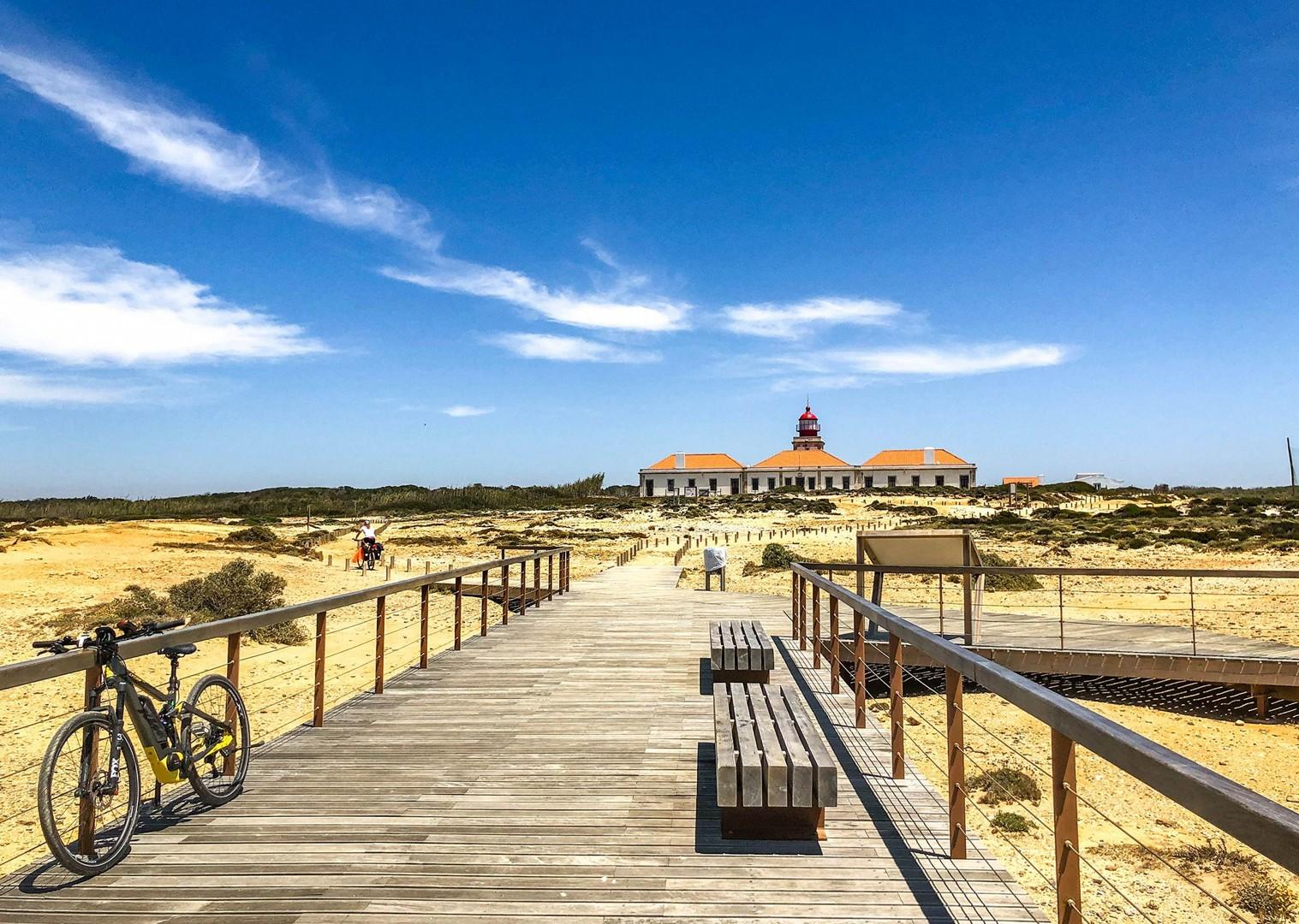 cycling-portugal-leisure-self-guided-holiday-coastal-explorer-bike.jpg - Portugal - Alentejo and Algarve Coastal Explorer - Self-Guided Leisure Cycling Holiday - Leisure Cycling