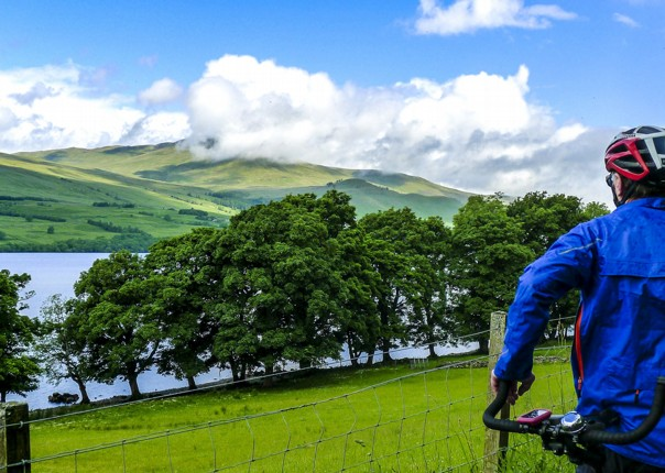 hills-cycling-fun-tour-scotland-uk-mountains-loch-lake-cycle-paths.jpg