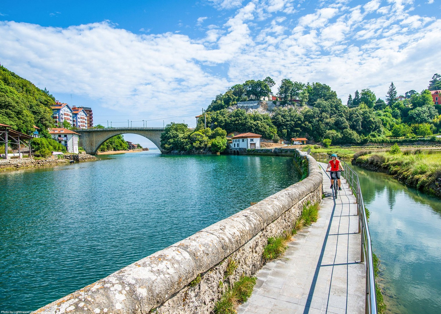 spanish-canal-spain-cycling-leisure-holiday-self-guided.jpg - NEW! Spain - Bilbao to San Sebastian - Leisure Cycling