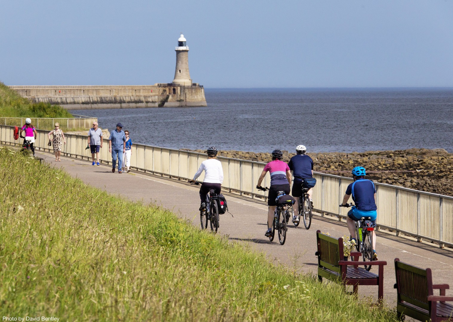 Supported-Leisure-Cycling-Holiday-Hadrians-Cycleway-UK-cycle-Tynemouth.jpg - UK - Hadrian's Cycleway - Supported Leisure Cycling Holiday - Leisure Cycling