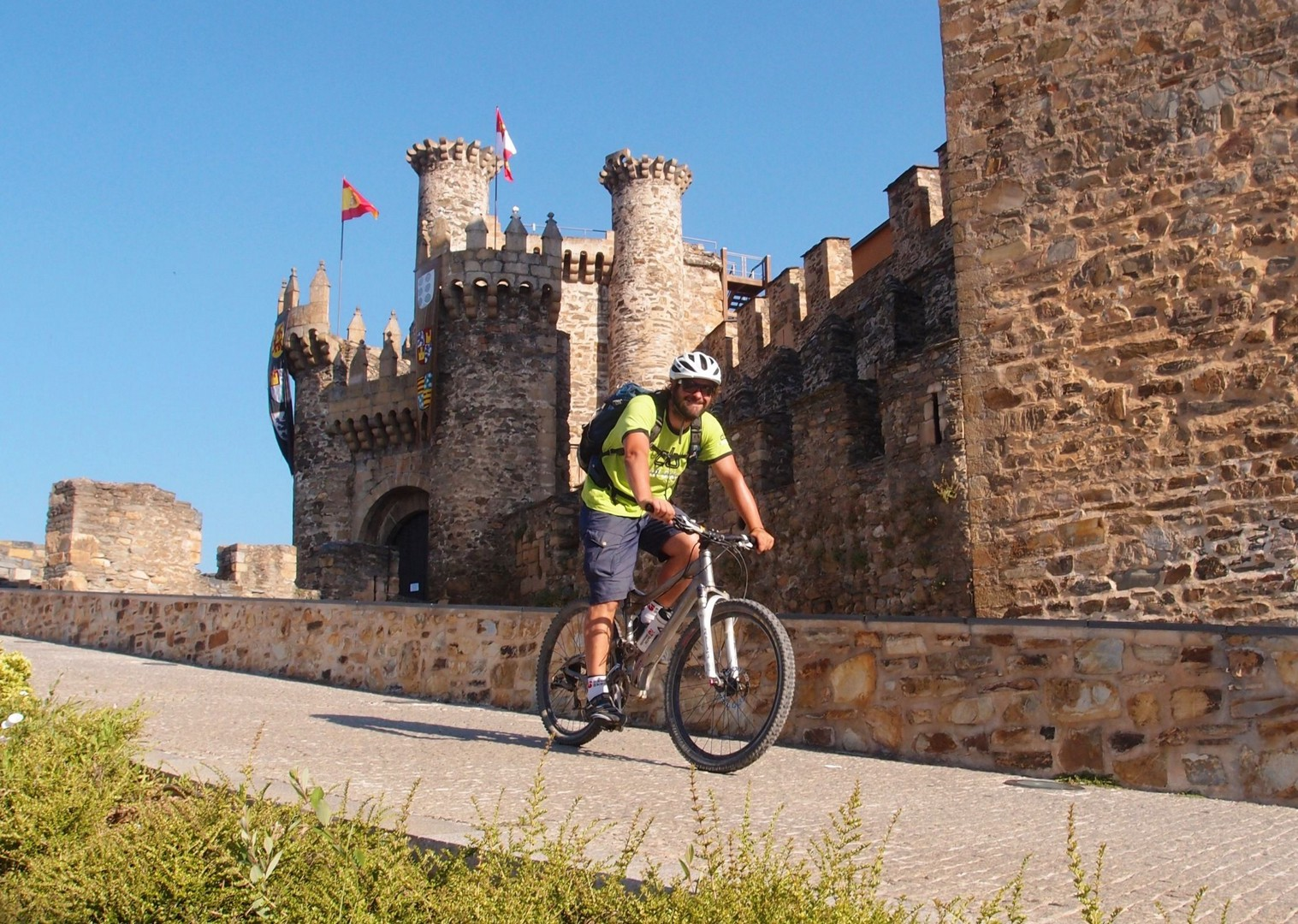 pilgrims-route-cycling-ponferrada-guided-leisure.jpg - Northern Spain - Camino de Santiago - Guided Leisure Cycling Holiday - Leisure Cycling