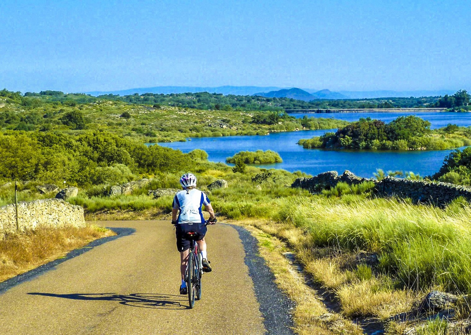 cycling-leisure-incredible-views-nature-portugal-self-guided.jpg - Portugal - Historic Villages - Self-Guided Leisure Cycling Holiday - Leisure Cycling