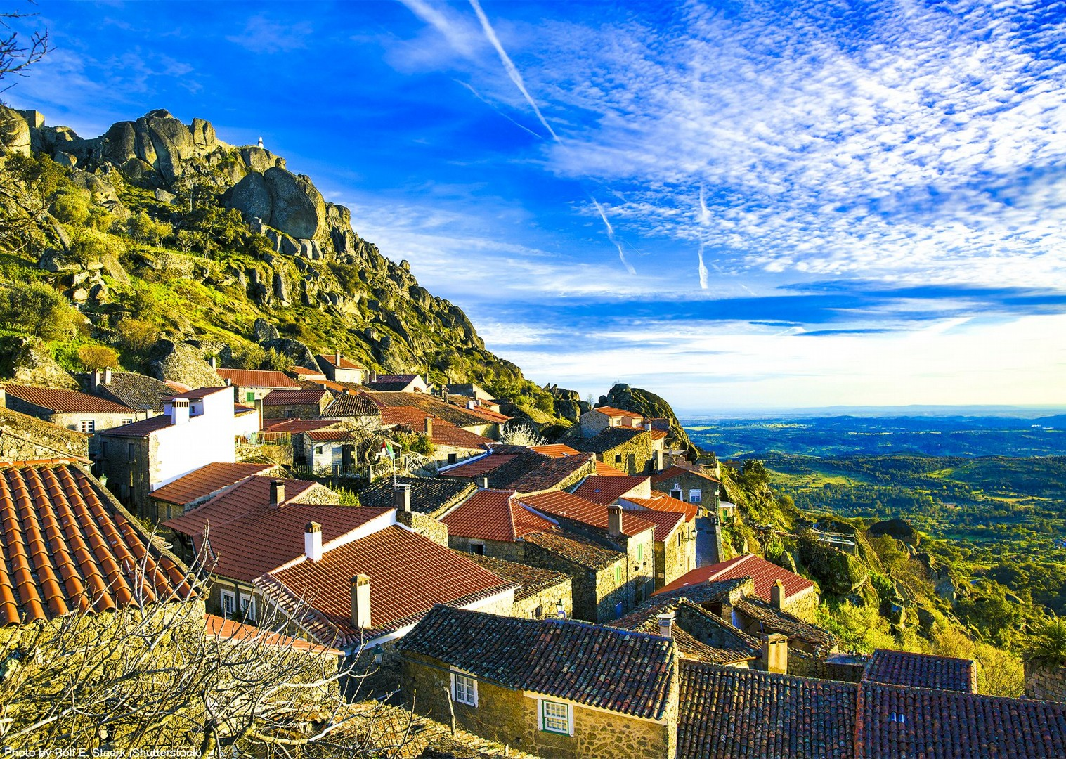 explore-portugal-incredible-views-saddle-skeaddle-self-guided-adventure.jpg - Portugal - Historic Villages - Self-Guided Leisure Cycling Holiday - Leisure Cycling