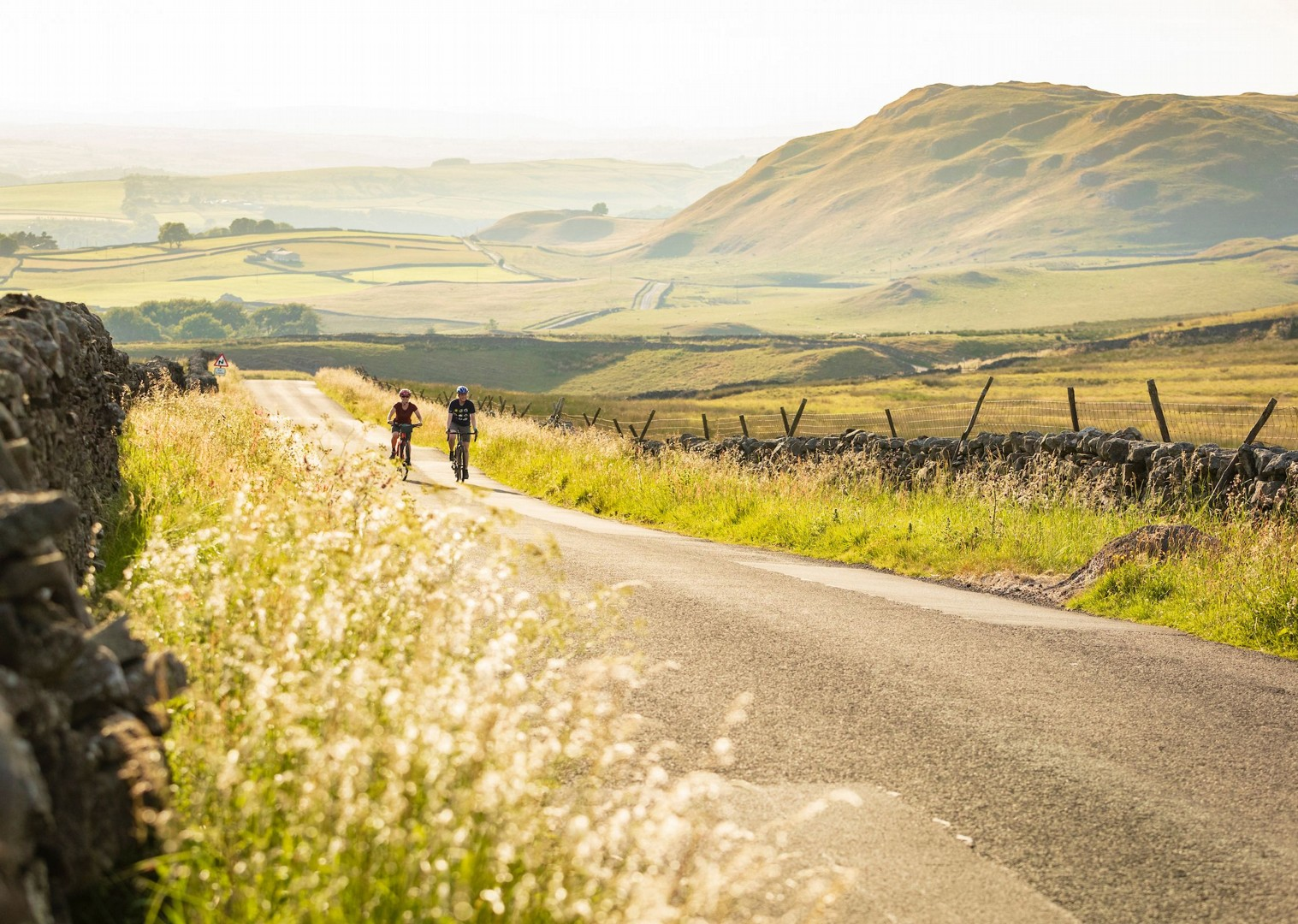 english-countryside-bike-tour-yorkshire-cycle-tracks.jpg - UK - Way of the Roses - Supported Leisure Cycling Holiday - Leisure Cycling