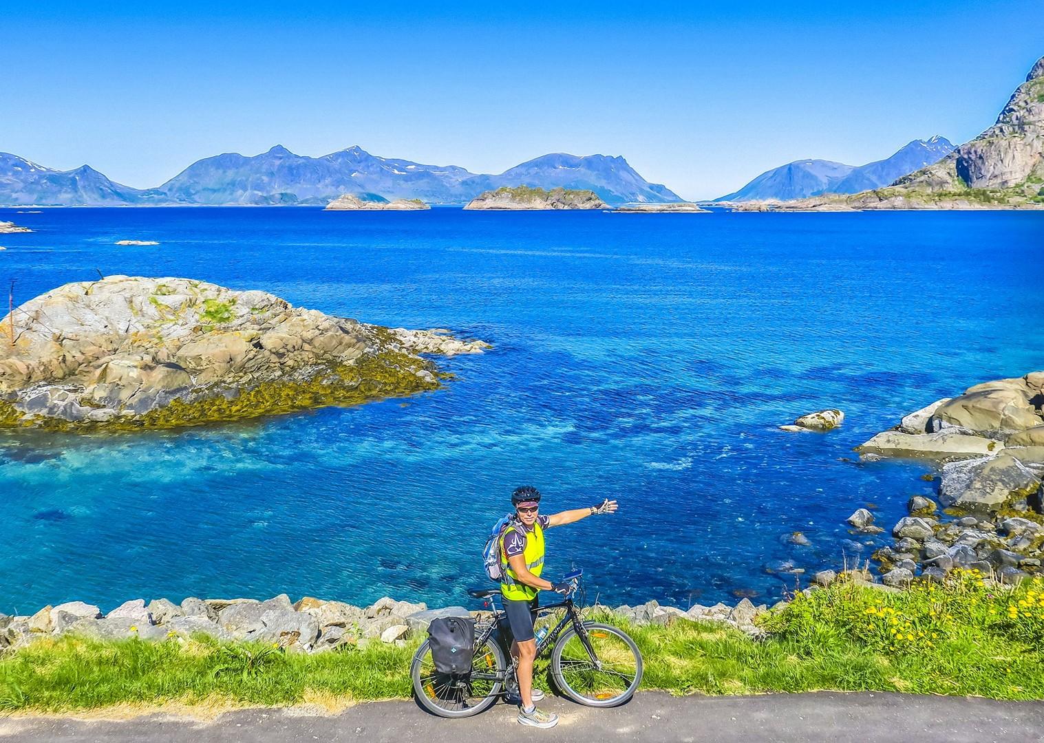 stunning-seas-lofoten-island-norway-self-guided-saddle-skedaddle-cycling-tour.jpg - Norway - Lofoten Islands - Self-Guided Leisure Cycling Holiday - Leisure Cycling