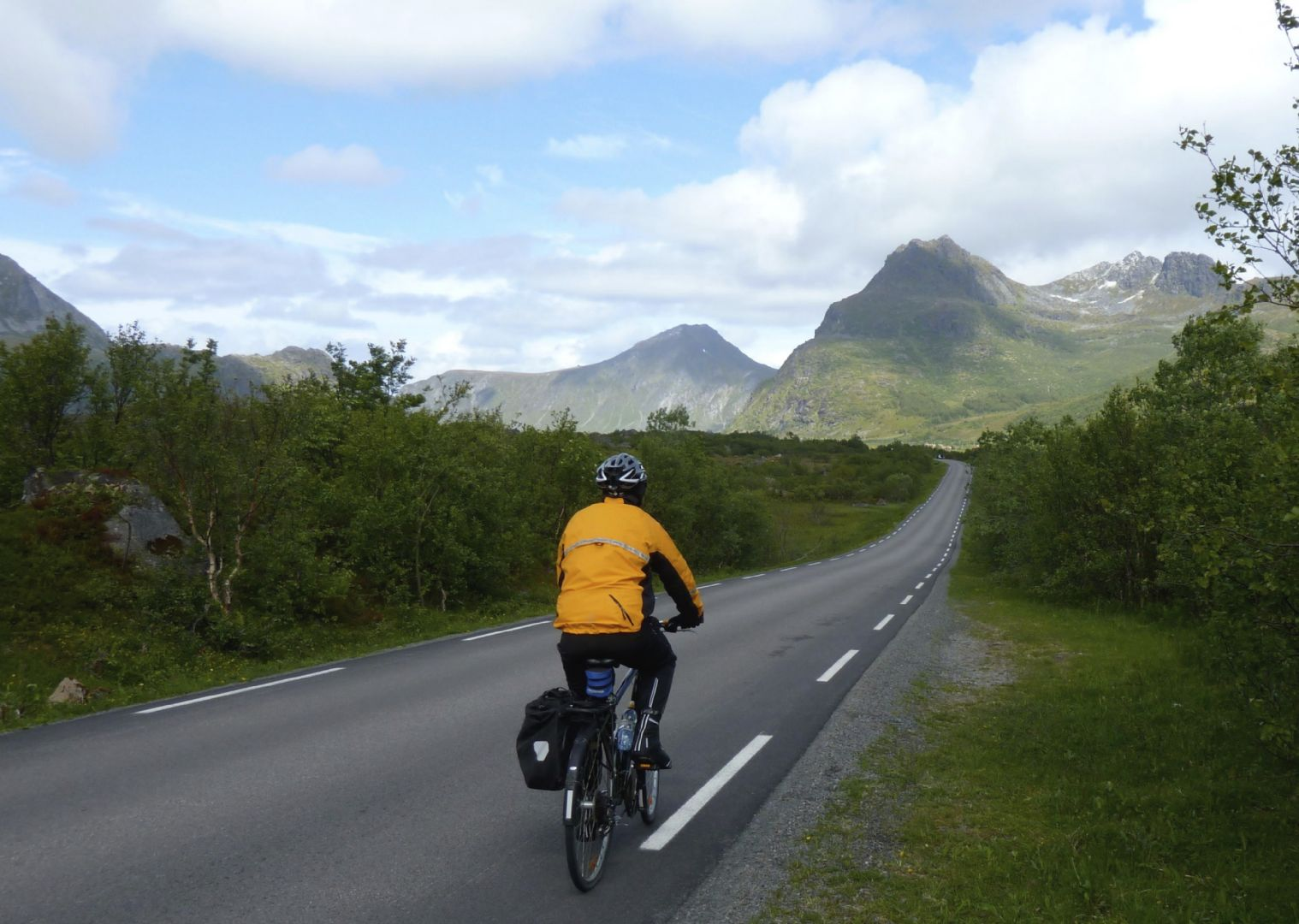 _Customer.103820.17301.jpg - Norway - Lofoten Islands - Self-Guided Leisure Cycling Holiday - Leisure Cycling