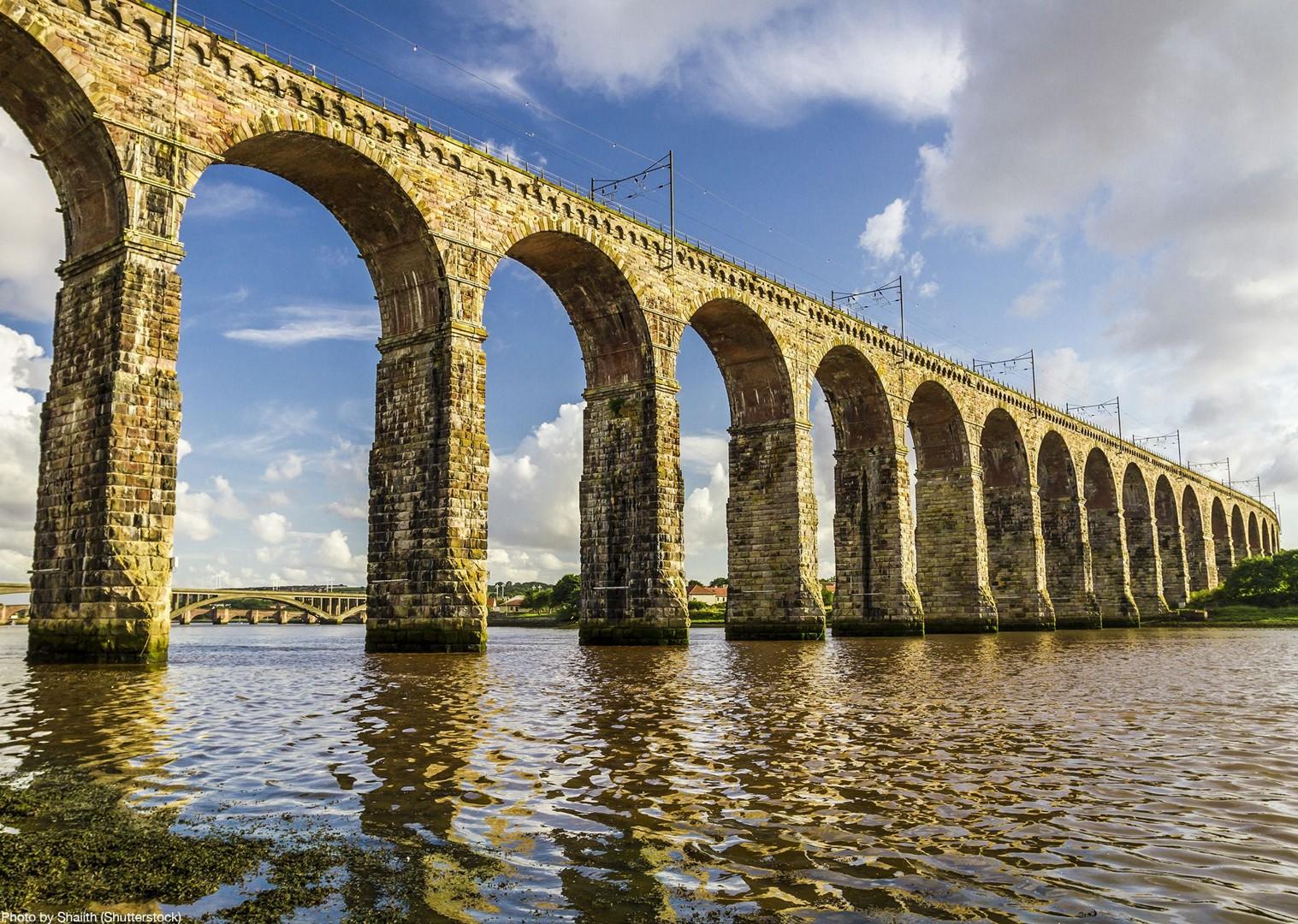 royal-border-bridge-england-northumberland-tour-coast.jpg - UK - Northumberland Coast - 2 Days - Self-Guided Leisure Cycling Holiday - Leisure Cycling