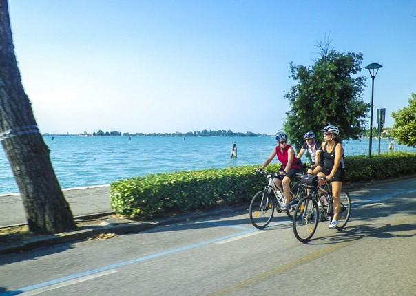 electric-bike-holiday-lake-garda-to-venice-italy-self-guided-fun-with-friends.jpg