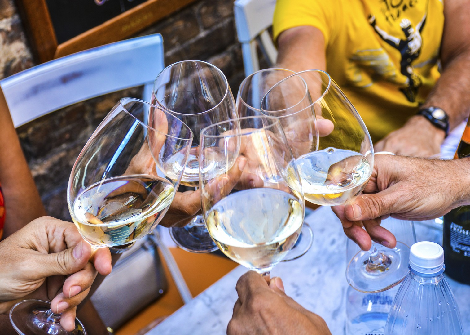 white-wine-traditional-italy-fine-food-cycling-tour.jpg - Italy - Classic Tuscany - Self-Guided Leisure Cycling Holiday - Leisure Cycling