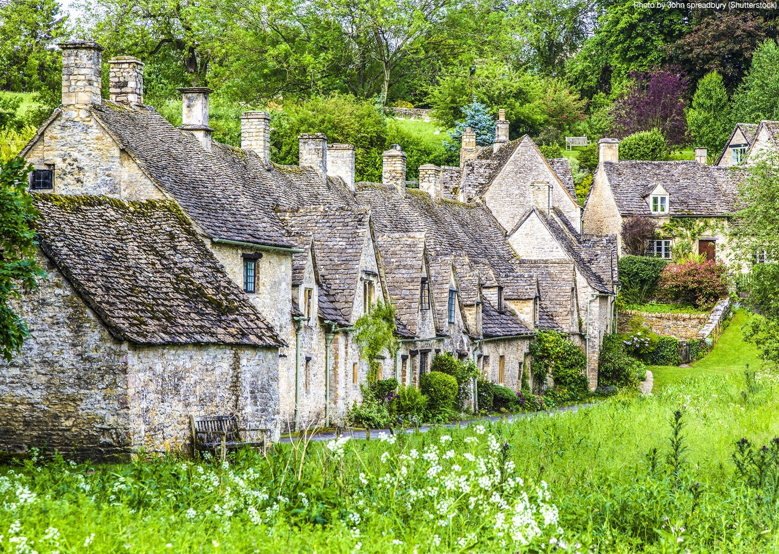 britain-cotswolds-cycling-uk-4-days-tour-bourton-on-the-water.jpg - UK - Cotswolds - Bourton-on-the-Water - Guided Leisure Cycling Holiday - Leisure Cycling