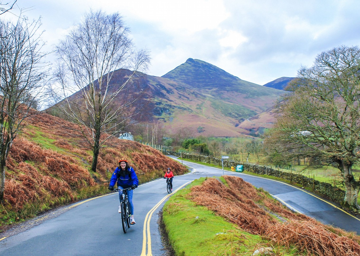 lake-district-fells-countryside-nature-relaxing-cycle-tour.jpg - UK - Lake District - Derwent Water - Guided Leisure Cycling Holiday - Leisure Cycling