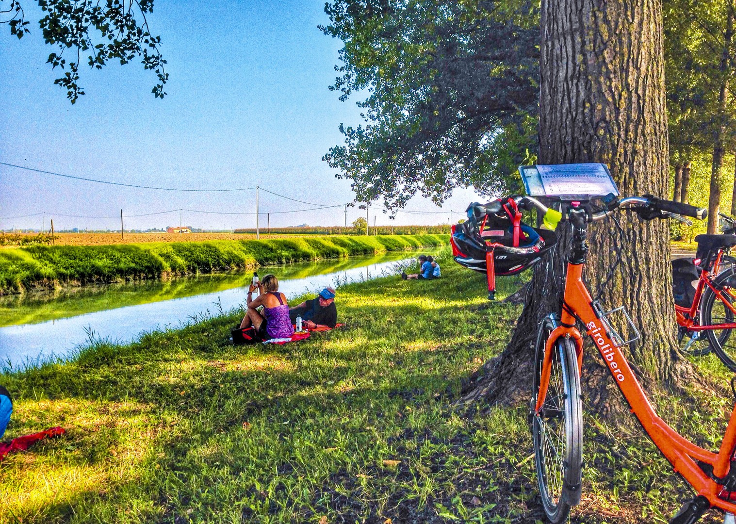 cycle-the-river-po-italy-bb-holiday-leisure-self-guided.jpg - Italy - Venetian Waterways (Mantova to Venice) - Bike and Barge Holiday - Leisure Cycling