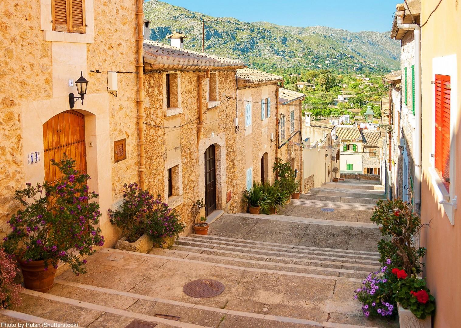 eu-centro-pollenca-mallorca-explore-local-streets-bike-tour.jpg - Spain - Mallorca - Self-Guided Leisure Cycling Holiday - Leisure Cycling