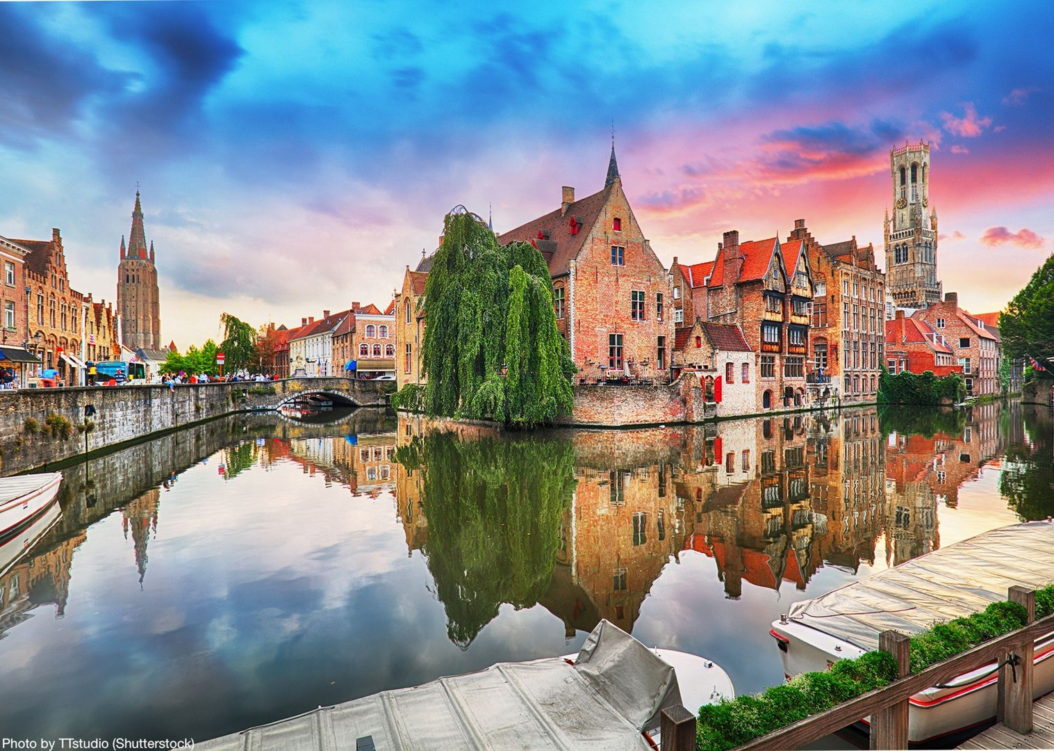 belfry-of-bruges-belgium-to-amsterdam-cycling-premium-boat-tour.jpg - Holland and Belgium - Bruges to Amsterdam - Premium Bike and Barge Holiday - Leisure Cycling