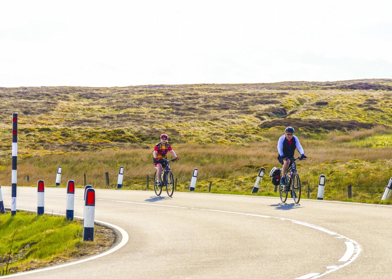 cycle-paths-across-uk-saddle-skedaddle-coast.jpg - UK - C2C - Coast to Coast 4 Days Cycling - Self-Guided Leisure Cycling Holiday - Leisure Cycling
