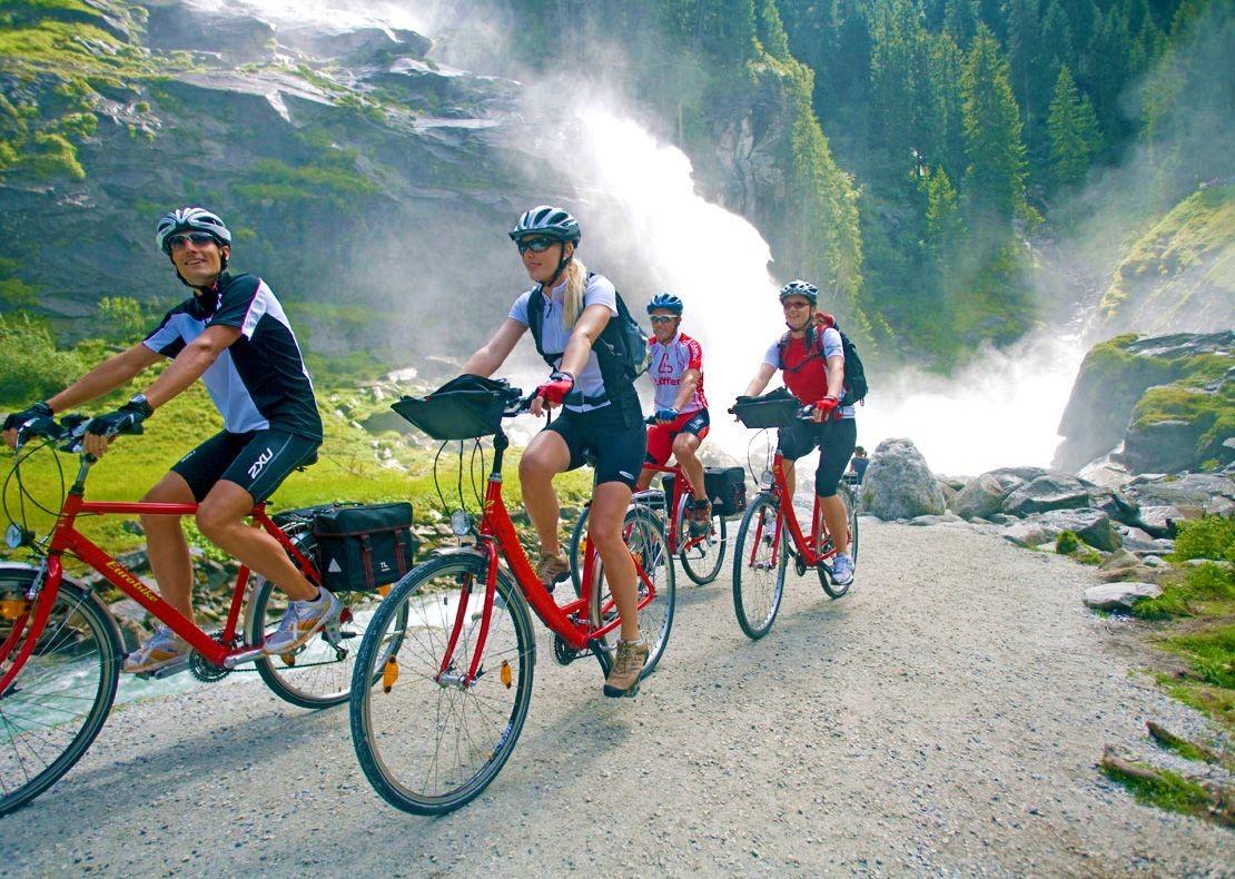 leisure-cycling-austria-lake-waterfalls-krimml.jpg - NEW! Austria - Tauern Valleys - Leisure Cycling