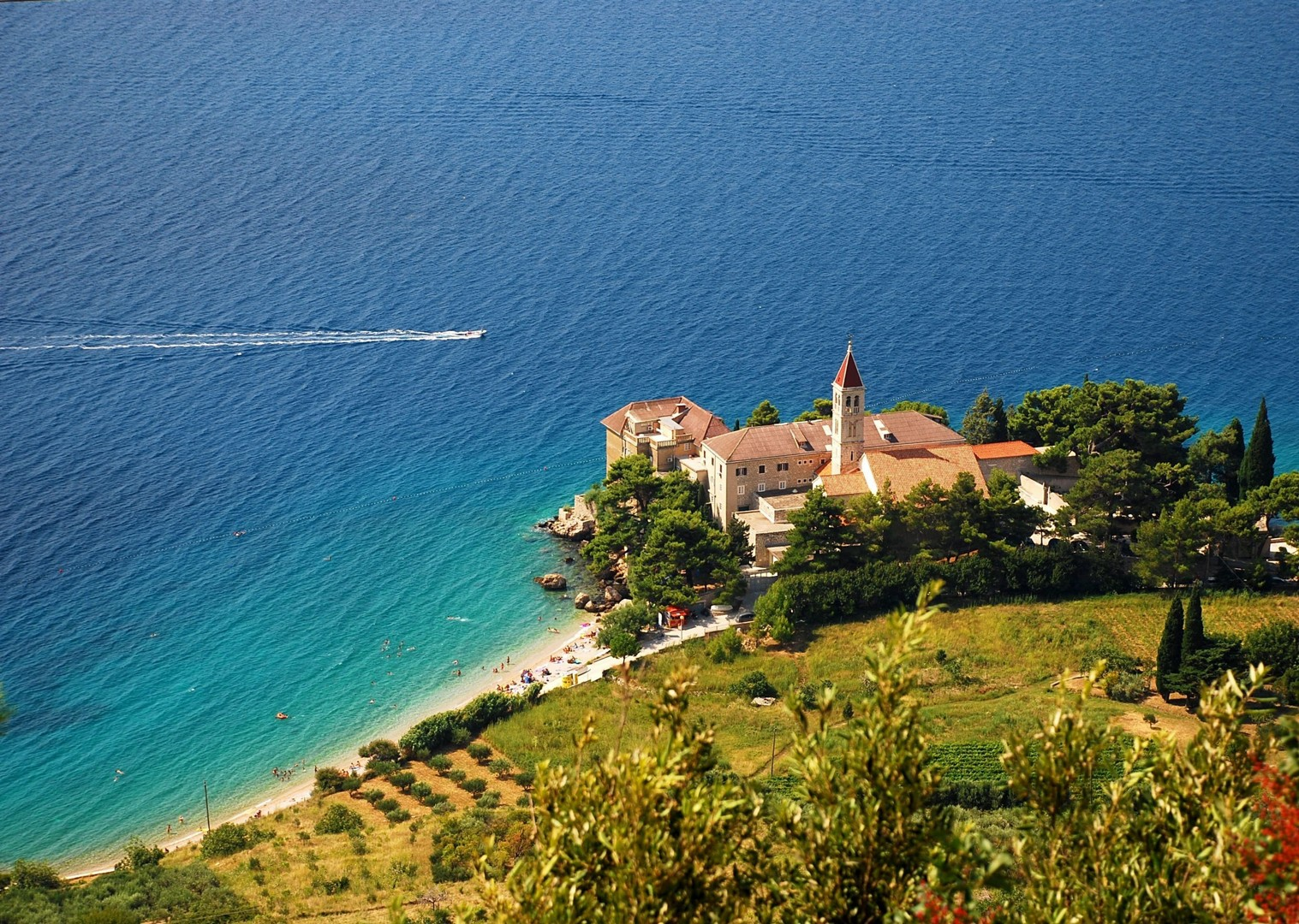 adriatic-waters-croatia-stari-grad-bike-and-boat-plus-holiday.jpg - Croatia - Southern Dalmatia Plus - Bike and Boat Holiday - Leisure Cycling