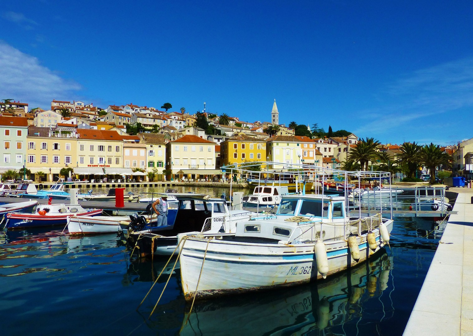 mali-losinj-cycling-leigure-boat-comfort-holiday-croatia.jpg - NEW! Croatia - Kvarner Bay Plus - Leisure Cycling