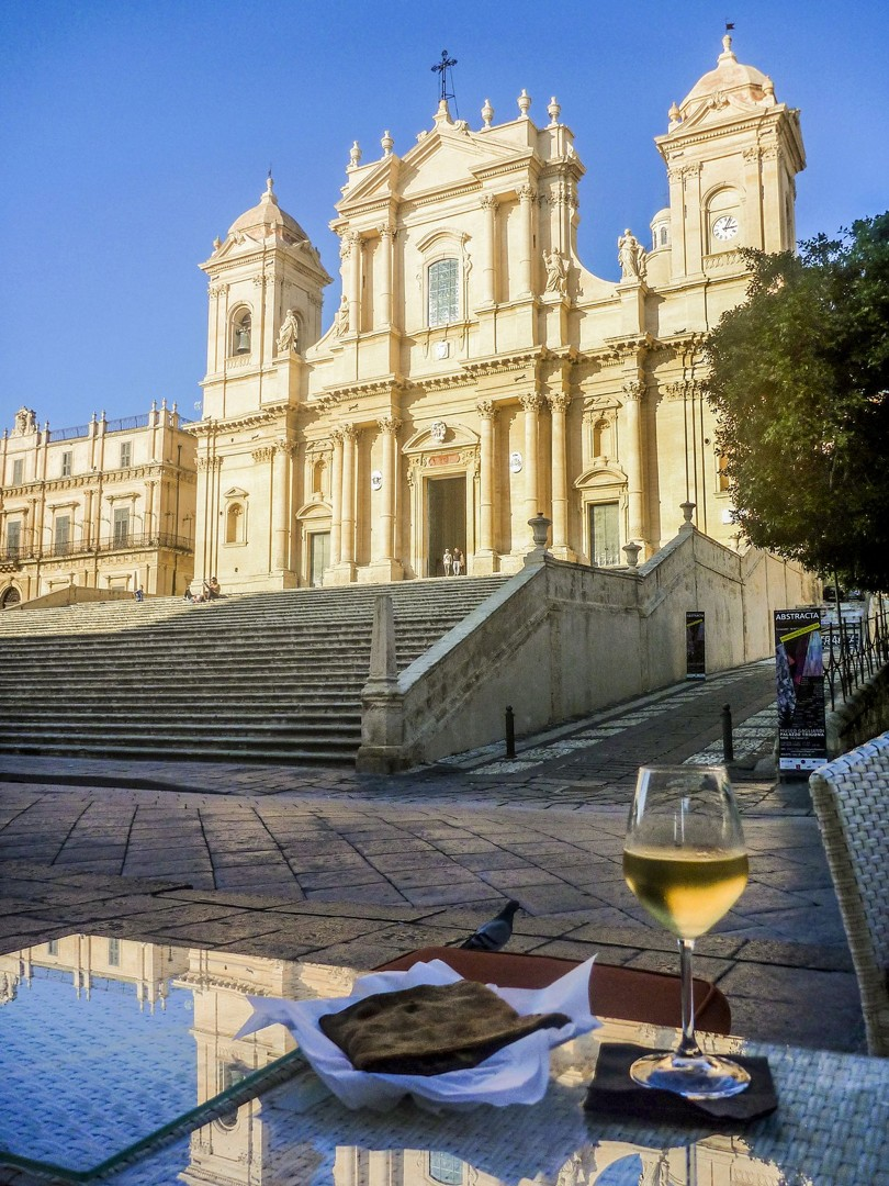 local-fine-wine-tasty-food-sicily-italy-self-guided-cycling-architecture.jpg - Italy - Sicily - Self-Guided Leisure Cycling Holiday - Leisure Cycling