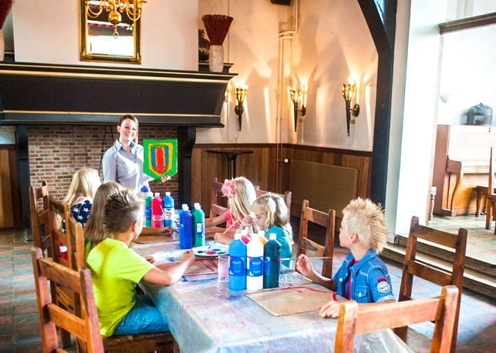 family-self-guided-holiday-cycling-in-holland-activities-canals-and-castles.jpg - NEW! Holland - Dutch Discoverer - Canals and Castles - Family Cycling
