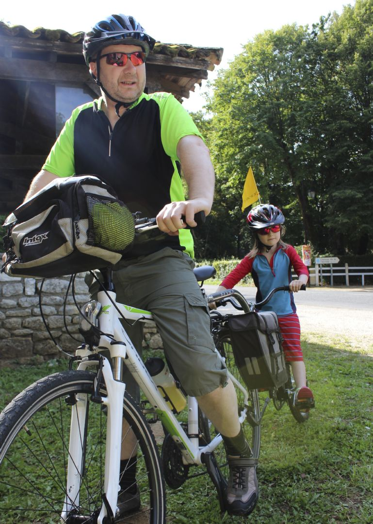 francecycling2.jpg - France - Loire - Valley of Castles - Self-Guided Family Cycling Holiday - Family Cycling