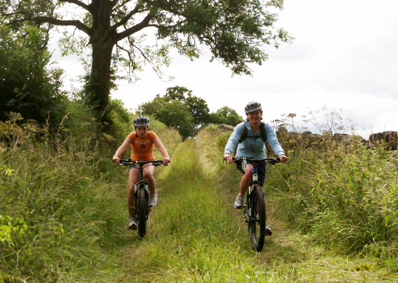 country-cycling-lake-district-guided-bike-skills.jpg - UK - Lake District - Bike Skills - Family Cycling