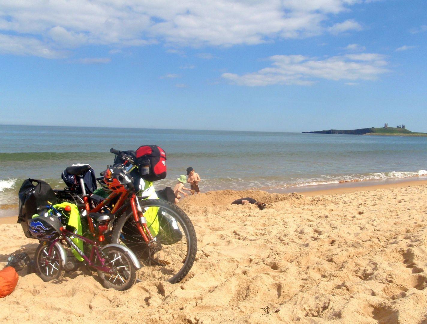 P5261473.JPG - UK - Northumberland Coast - 4 Days Cycling - Self-Guided Family Cycling Holiday - Family Cycling