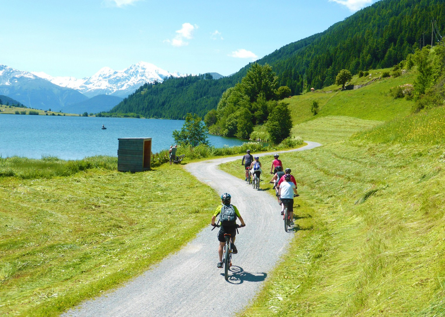 flat-smooth-terrain-ten-austrian-lakes-tour-family-cycling-holidays.jpg - Austria - Ten Lakes Tour - Self-Guided Family Cycling Holiday - Family Cycling