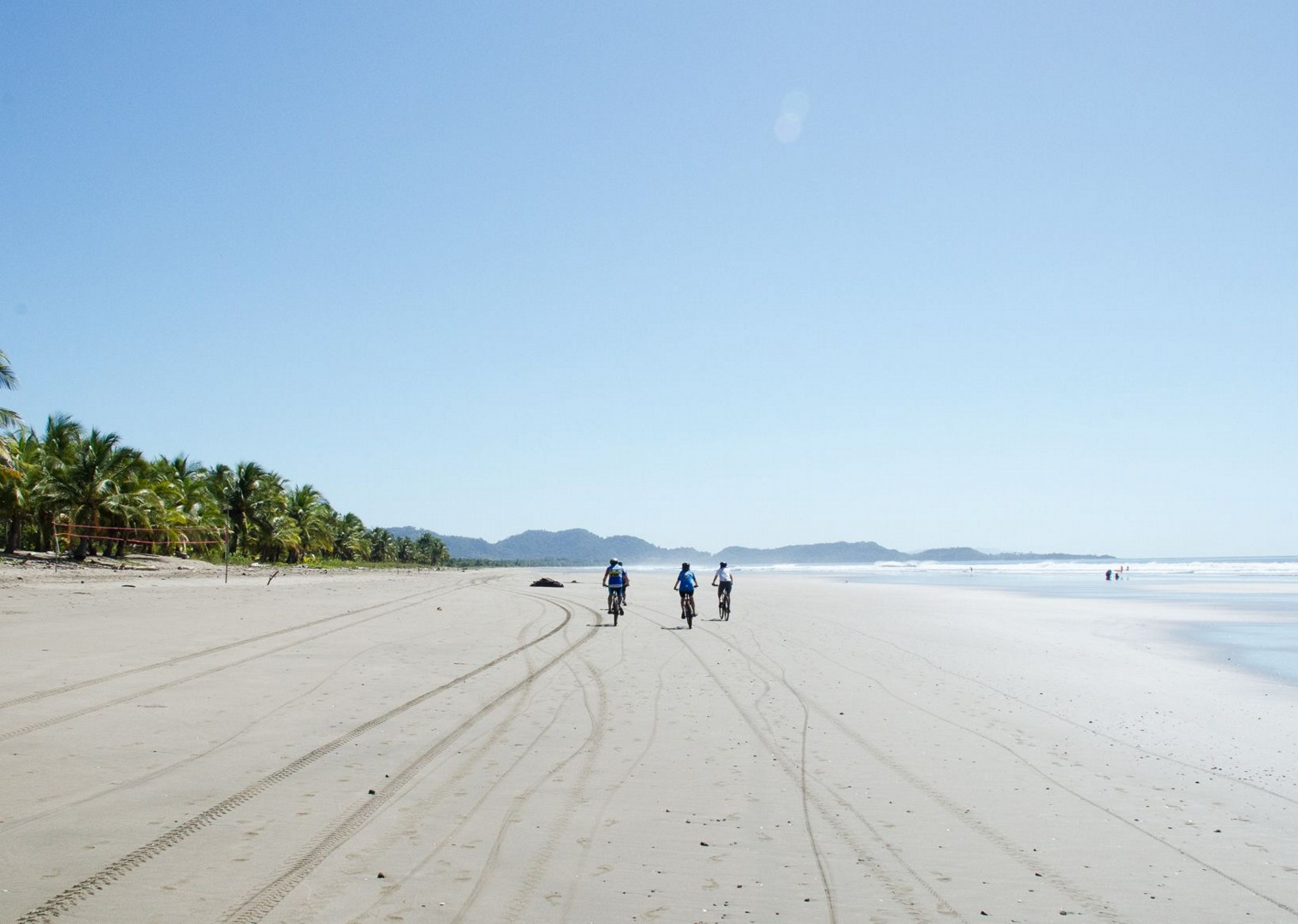 beach-cycling-costa-rica-guided-family-cycling-holiday.jpg - Costa Rica - Volcanoes and Valleys - Guided Family Cycling Holiday - Family Cycling