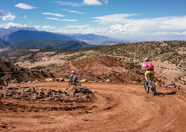 Family-Cycling-Holiday-Morocco-Desert-Mountains-Coast-sturns