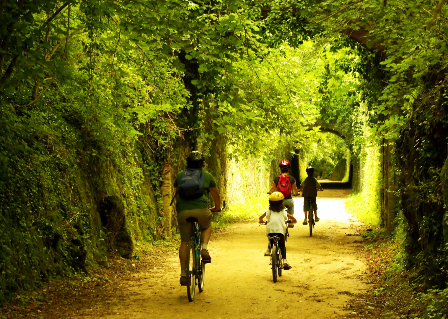 family-cycling-holiday-northern-spain-gardens.jpg - Northern Spain - Cycleways of Catalonia - Family Cycling